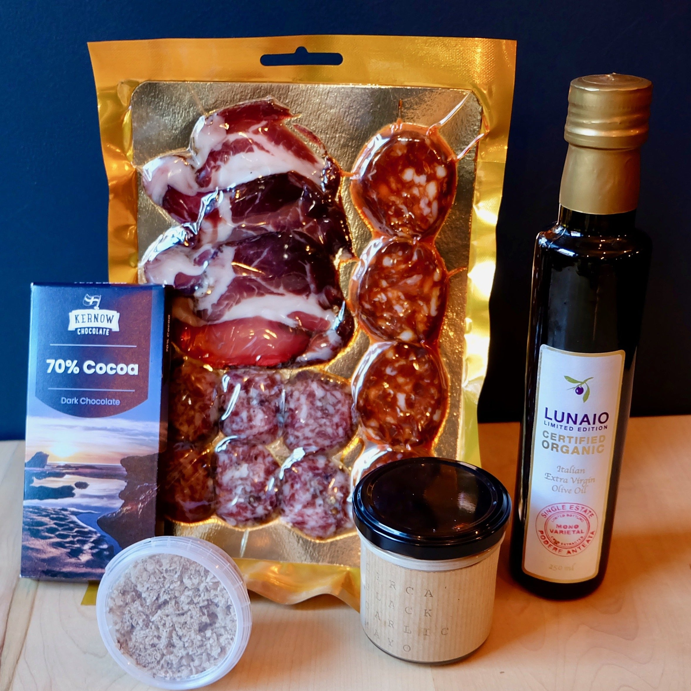 Premium Pantry Hamper