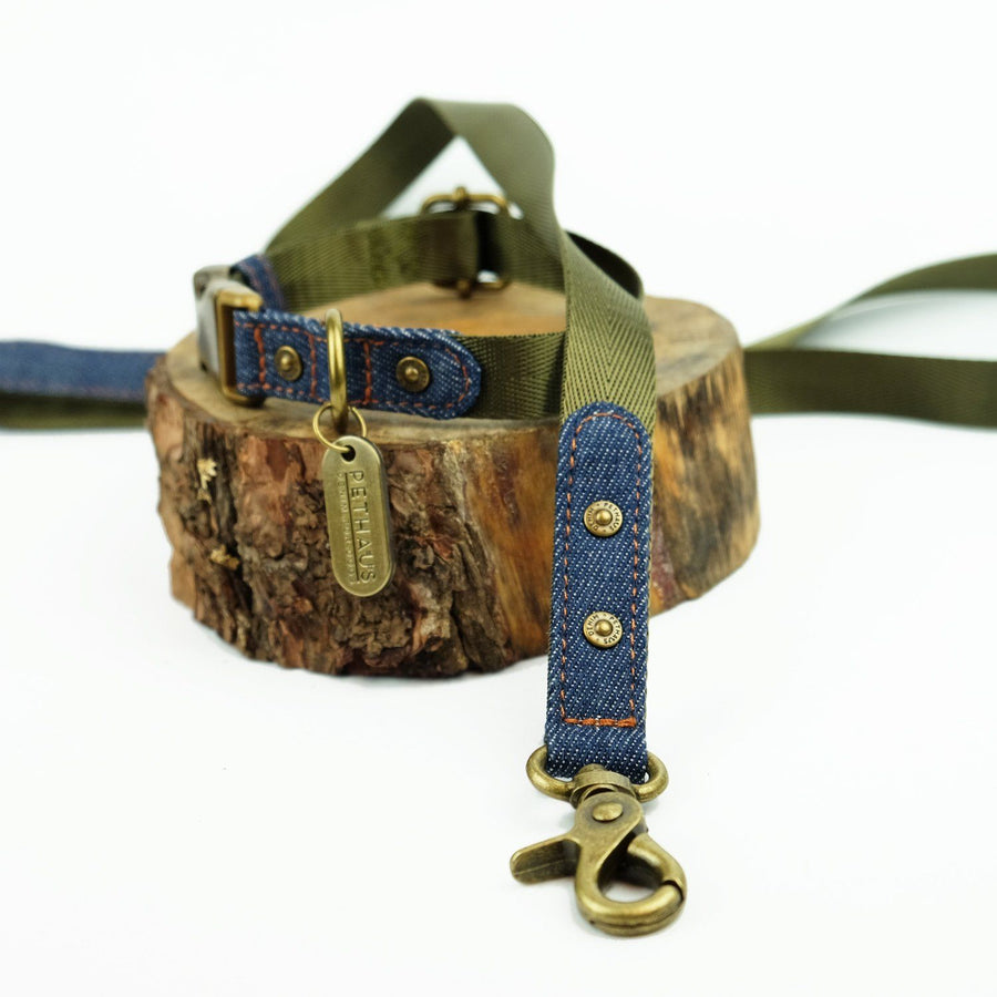 denim dog leash, denim dog lead, olive dog leash, olive dog lead, nylon webbing dog leash, Australian dog leash, pethaus, english toy terrier, designer dog leash
