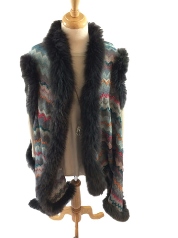 Aurina Vintage Fur trimmed shawl-coat