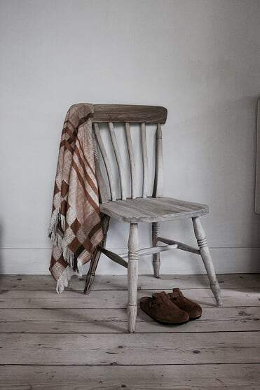 Vintage Style Farmhouse Chair - Aurina Ltd