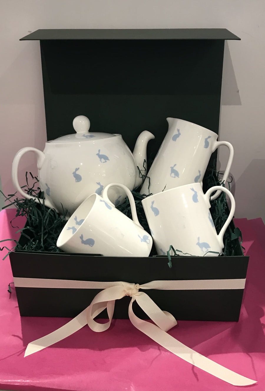 Christmas Hamper For The Tea Lover - Aurina Ltd