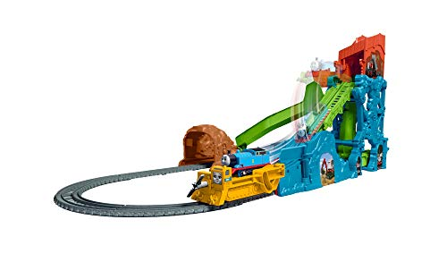 Thomas & Friends Cave Collapse GDV43, Thomas the Tank Engine & Friends Motorised Trackmaster Train Set, Multicolour