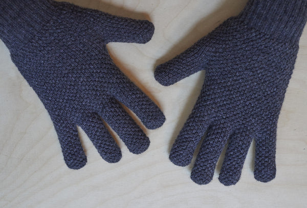 O'Dell's Lambswool Moss Stitch Gloves in Charcoal Grey