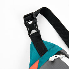 Load image into Gallery viewer, Motion Waist Bag Grey