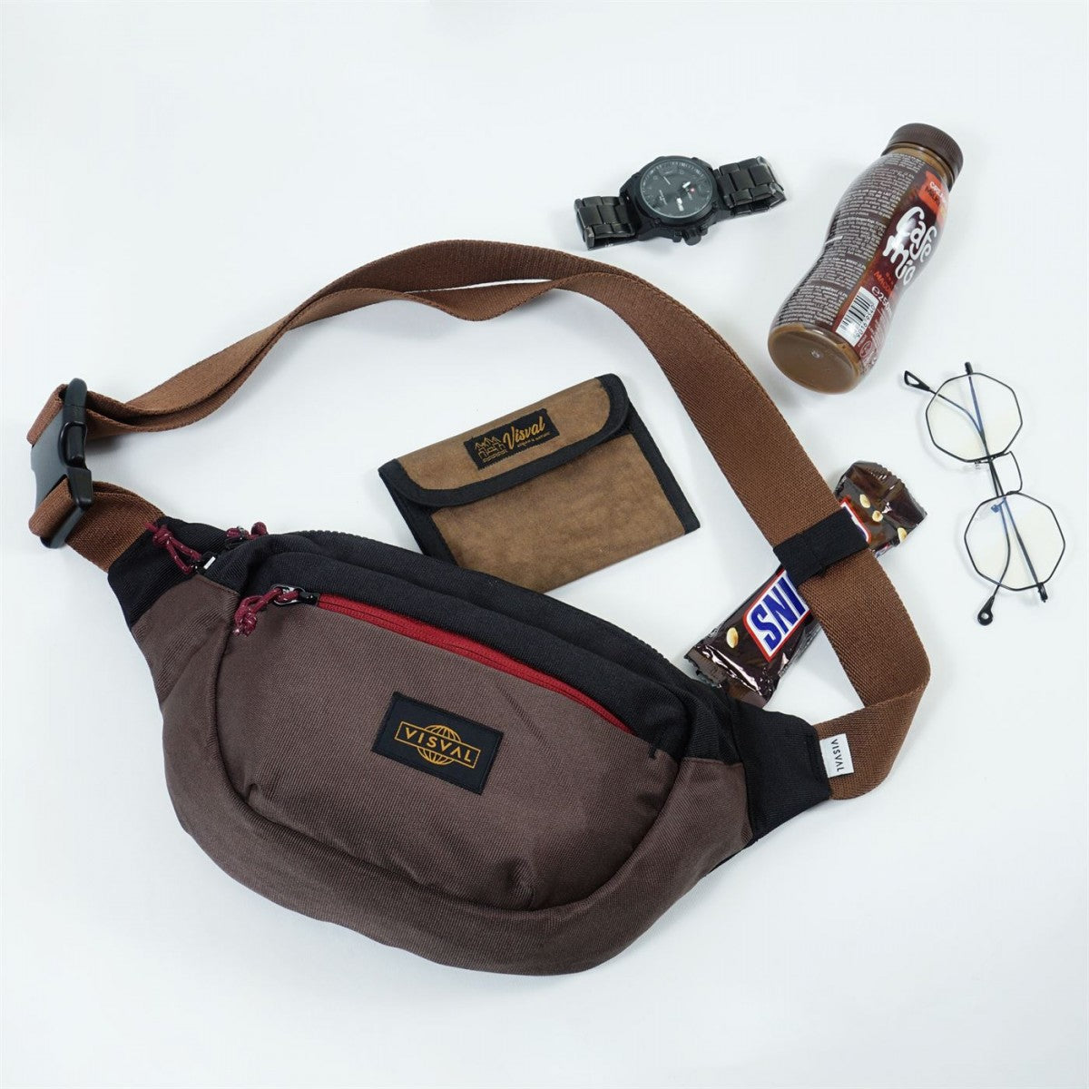 Ezzy Waist Bag Brown