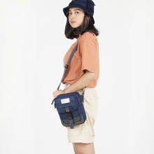 Load image into Gallery viewer, Flashpack 2.0 Sling Bag Navy