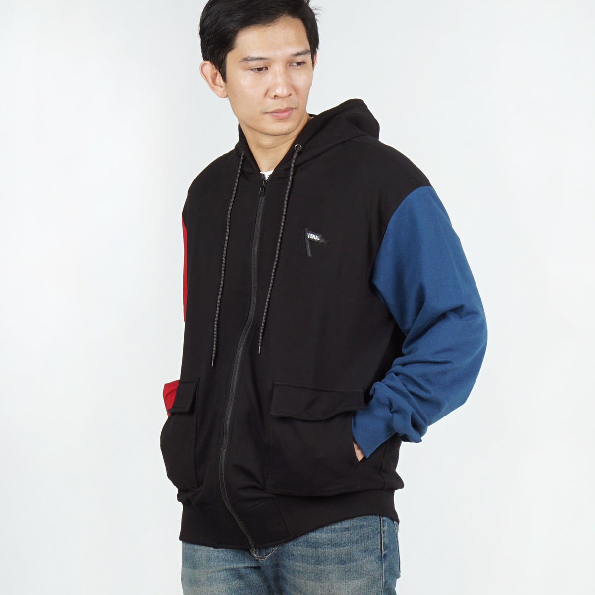 Kendo Sweater Black Navy Red