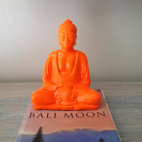18 CM NEON ORANGE BUDDHA