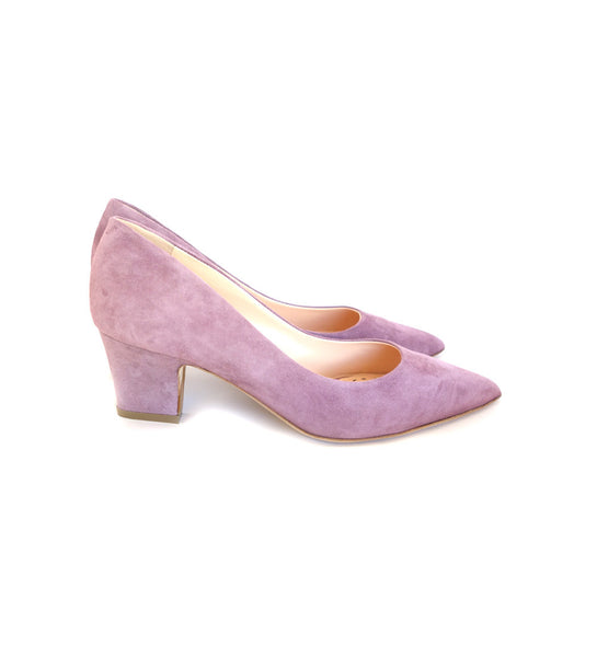 Pierre Pumps in Mulberry Suede