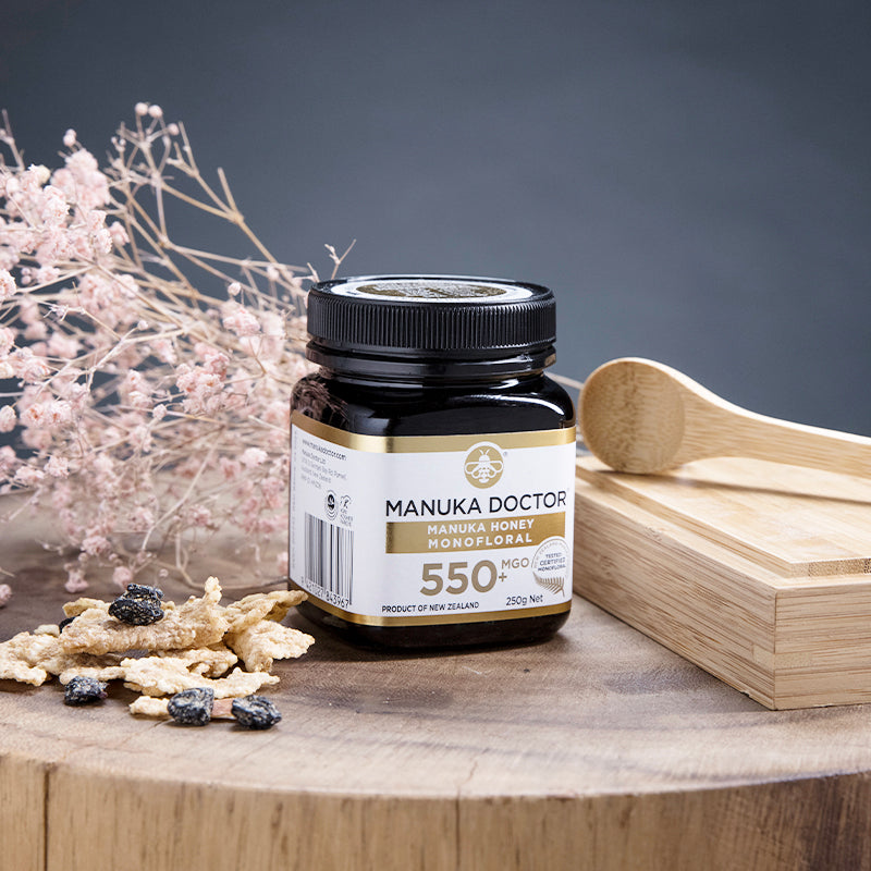 MGO 550+ Monofloral Manuka Honey (250g)