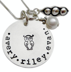 Personalized Peas in a Pod Mommy Necklace