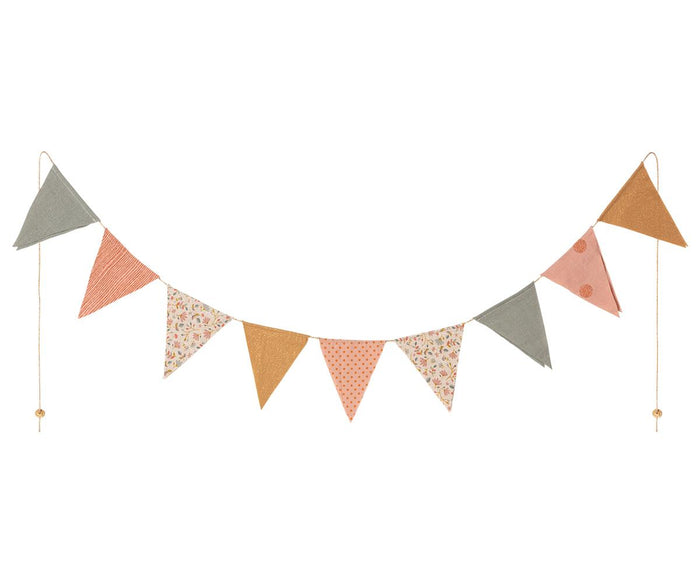 maileg garland - 9 flags, dusty rose
