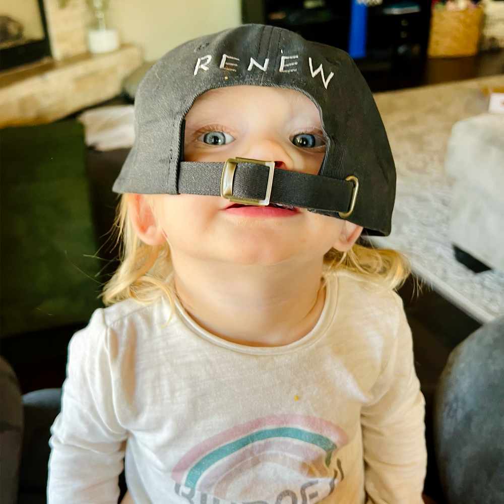 Load image into Gallery viewer, Renew Skin Solutions Skincare Bag
