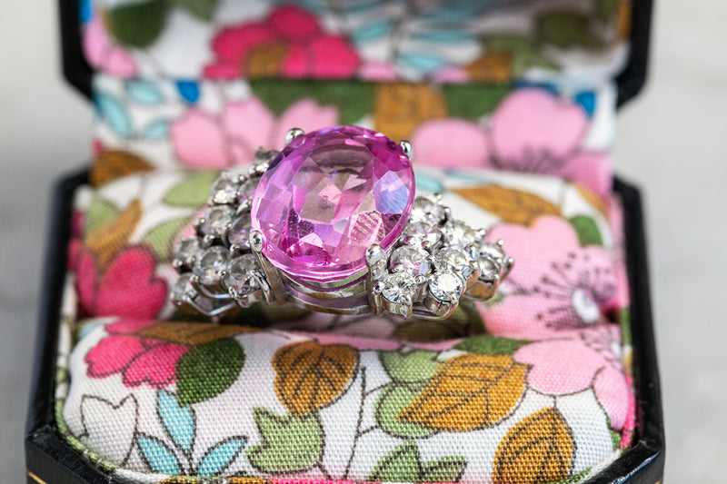 Oval Pink Sapphire Ring set in 18ct White Gold