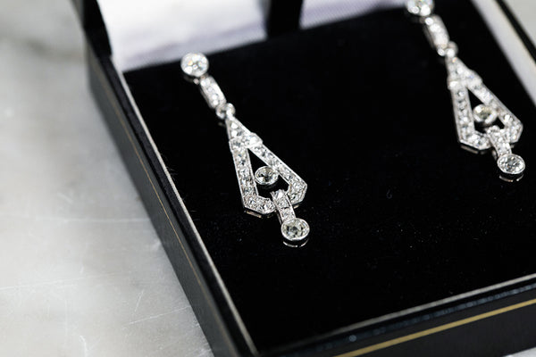 1920/1930's Platinum & Diamond dropped Earrings