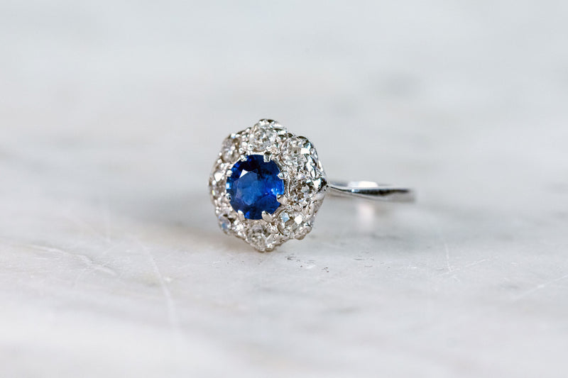 Sapphire & Diamond Ring set in 18ct White Gold