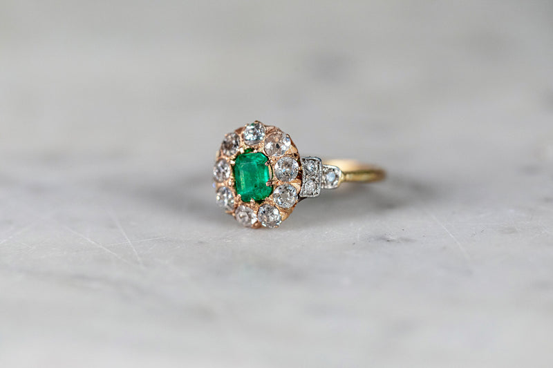 Emerald and Diamond Ring set in 18ct Yellow Gold