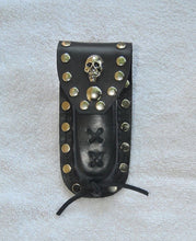 Load image into Gallery viewer, Buck 110 Leather Knife Case - Plain Skull