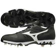 Mizuno 9-Spike Ambition Cleats