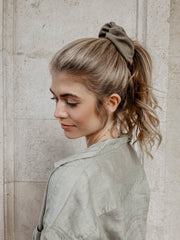 ponytail with scrunchie