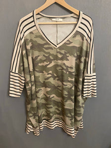 Plus Sized Stripe Contrast Camo Tunic
