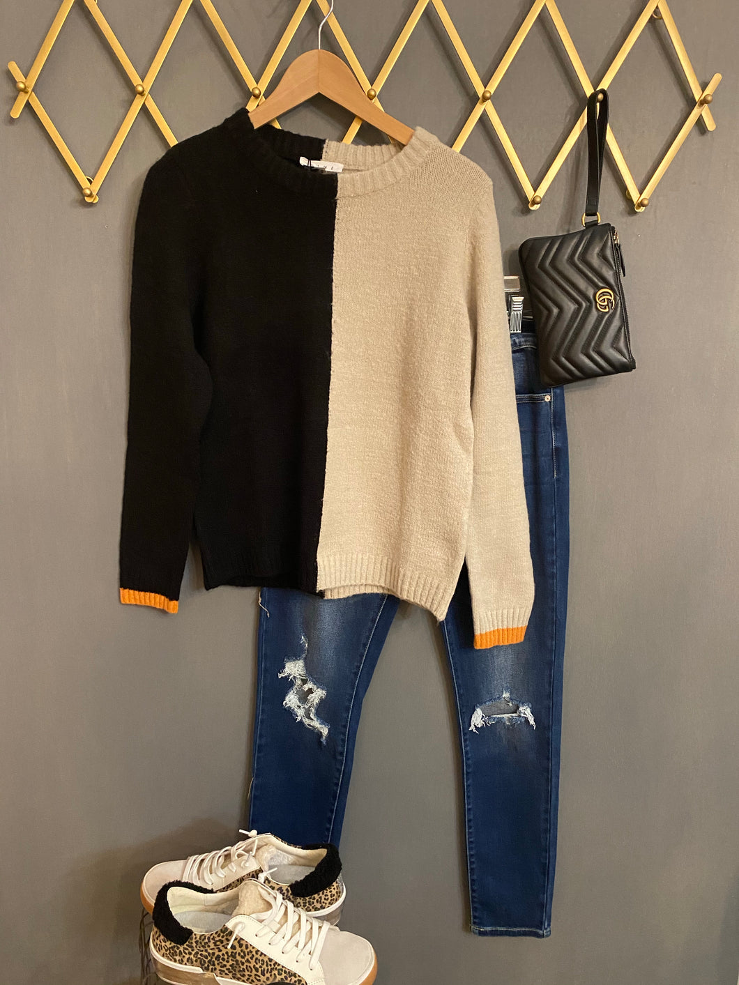 Vertical Colorblocked Sweater - THML