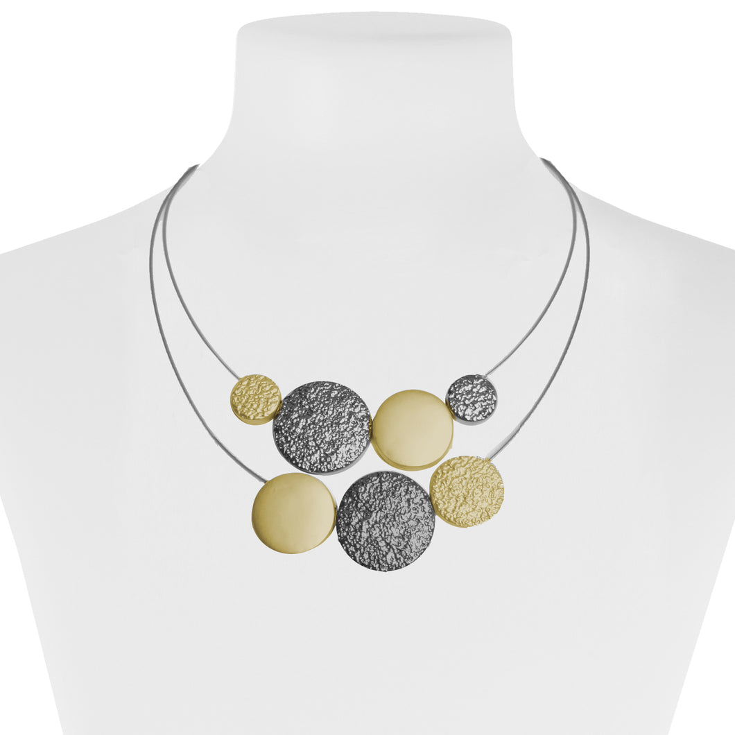 collier double câbles avec pastilles de métal  - OR ET HÉMATITE | Double layered cable necklace with metal pieces - GOLD & HEMATITE
