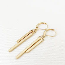 TÉLÉCHARGER.LOAD, BOUCLES D'OREILLES.EARRINGS 2107-GLD-M