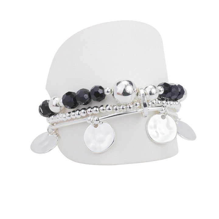 ENS. 3 BRACELETS AVEC BILLES DE VERRE ET MÉTAL  - NOIR ET ARGENT | SET OF 3 BRACELETS  WITH GLASS, METAL BEADS & CHARMS - BLACK & SILVER