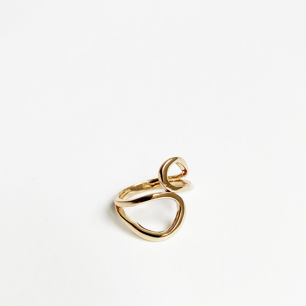 BAGUE AJOURÉE ASYMÉTRIQUE - OR | ASYMMETRIC CUT OUT SIZED RING - GOLD
