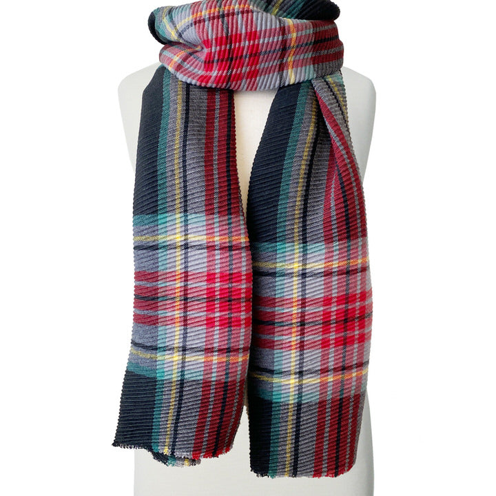 DOUX ET GRAND FOULARD ONDULÉ MOTIF TARTAN - TARTAN NOIR | LARGE RIPPLED & SOFT PLAID PATTERN SCARF  - BLACK PLAID