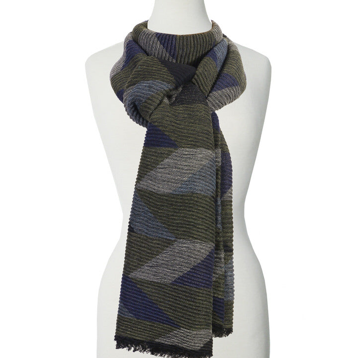 DOUX ET GRAND FOULARD ONDULÉ MOTIF GÉOMÉTRIQUE - OLIVE | LARGE RIPPLED & SOFT GEOMETRICAL PATTERN SCARF  - OLIVE