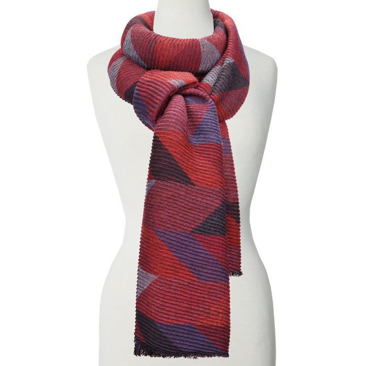 DOUX ET GRAND FOULARD ONDULÉ MOTIF GÉOMÉTRIQUE - ROUGE | LARGE RIPPLED & SOFT GEOMETRICAL PATTERN SCARF  - RED