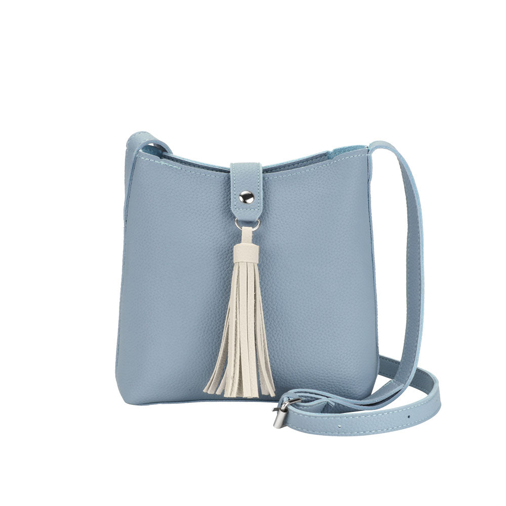 Sac à bandoulière ajustable en imitation cuir avec fermoir à bouton pression - BLEU PÂLE ET IVOIRE | Crossbody bag in imitation leather with press button closure - LIGHT BLUE & IVORY