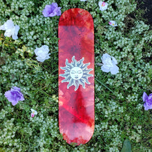 Load image into Gallery viewer, Le Soleil Skateboard