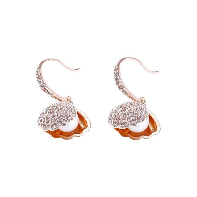 Trendy AAA Zirconia Gold  plating Shell Drop Earrings