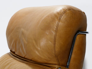 Pair of leather armchairs with ottomans Gianfranco Frattini 1970s