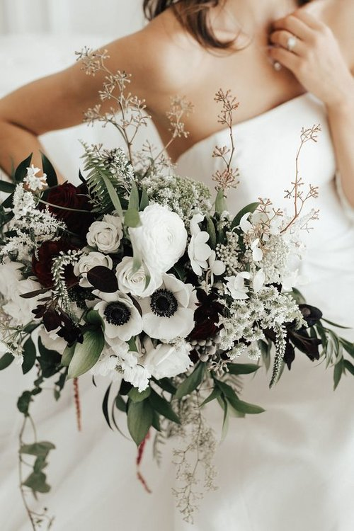 The 10 Most Popular Wedding Flowers in 2019