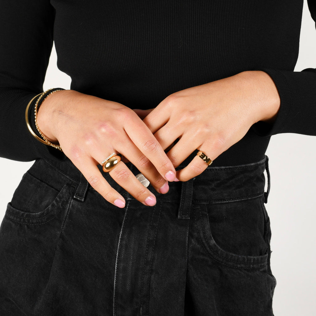 Helium Ring -- Ariel Gordon Jewelry