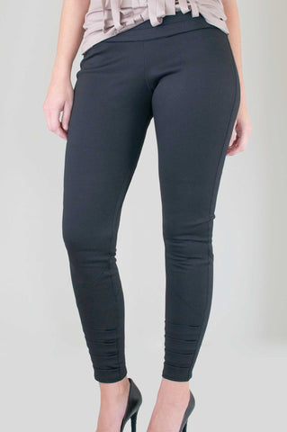 Chez Jay Moto Pant in Black