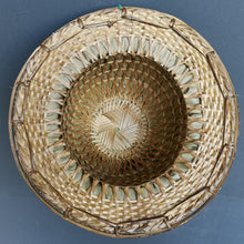 "Load image into Gallery viewer, Bamboo hat ""Karen"""