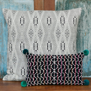 "Cushion cover ""Karen Pompom"" (Green)"