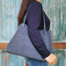 "Load image into Gallery viewer, Shoulder bag ""Navy"""