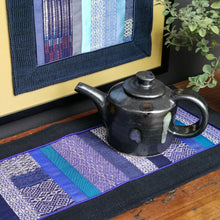 Load image into Gallery viewer, Table runner (Blue)(50 cm)