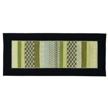 Load image into Gallery viewer, Table runner (Green)(50 cm)