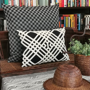 "Cushion cover ""Cotton check"" (Black)(L)"