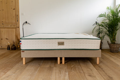 taille matelas chambre