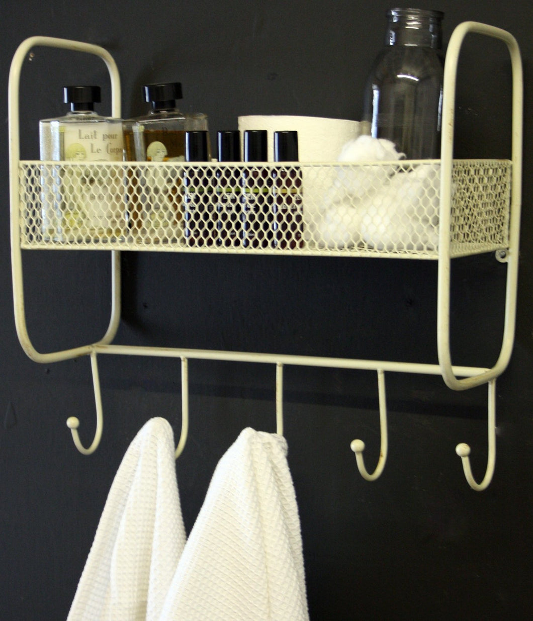 Mesh Wall Shelf With 5 Hooks Cream