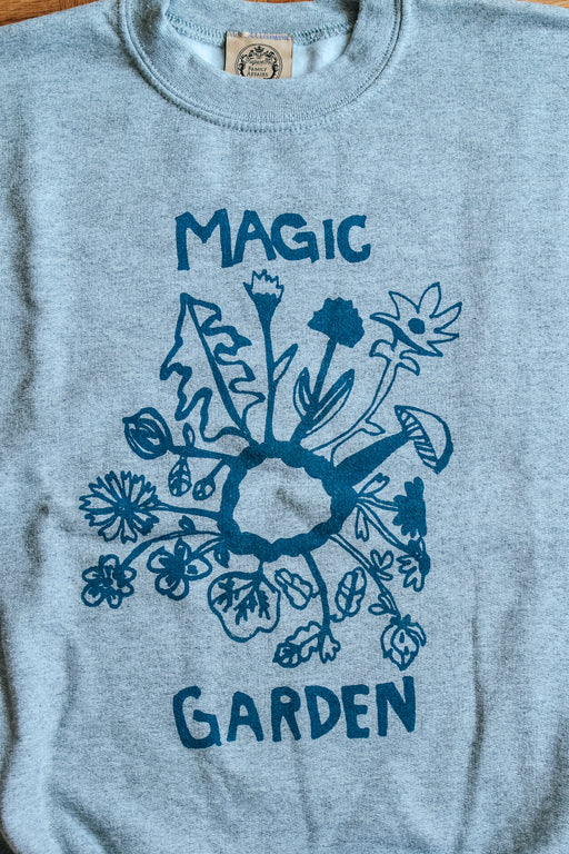 Magic Garden sweater grey