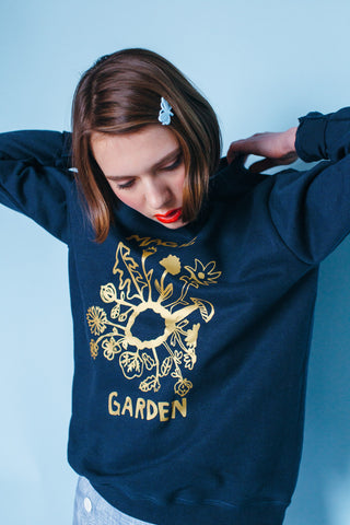 Magic Garden sweater navy - Family Affairs